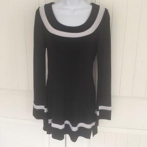 WHBM Black & White tunic top size small